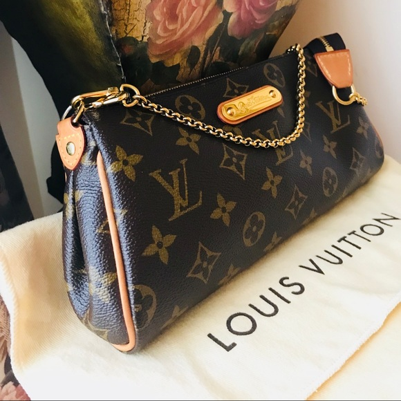 cb961d40e Louis Vuitton Handbags - Authentic Louis Vuitton Eva Clutch Monogram Bag